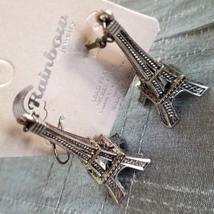 Jewelry - 🌟HP🌟 Beautiful Eiffel Tower Vintage Earnings